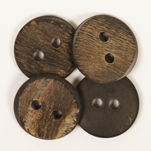 Round Buffalo Horn Button 25mm