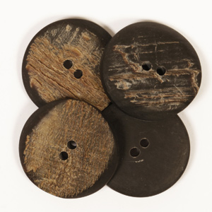 Angular Buffalo Horn Button 25mm