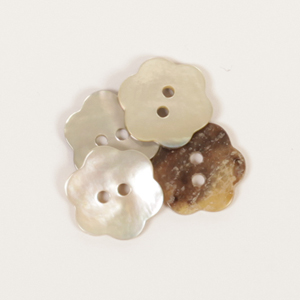 White Flower Mother of Pearl  Button 15mm