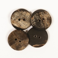 Angular Buffalo Horn Button 20mm
